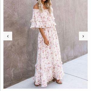 VICI OTS maxi dress, never worn NWT